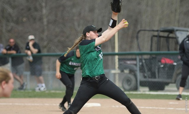 Carly Dundee pitches at Saint Xavier game 4.17.2017.jpg
