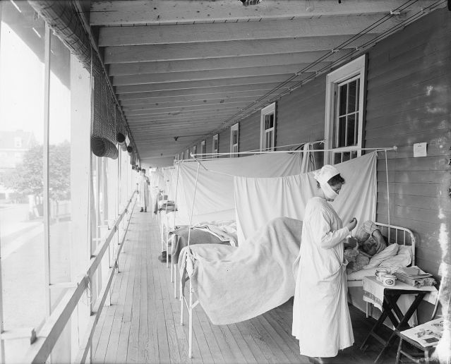 Nurse Taking Care Of Spanish Flu Patients at Walter Reed Hospital Flu Ward (1)